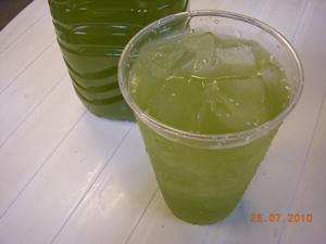 粉末緑茶 奥みどりの冷茶です。